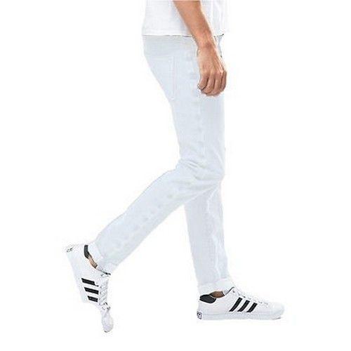 Men Cotton Blend Regular Fit Jeans 4